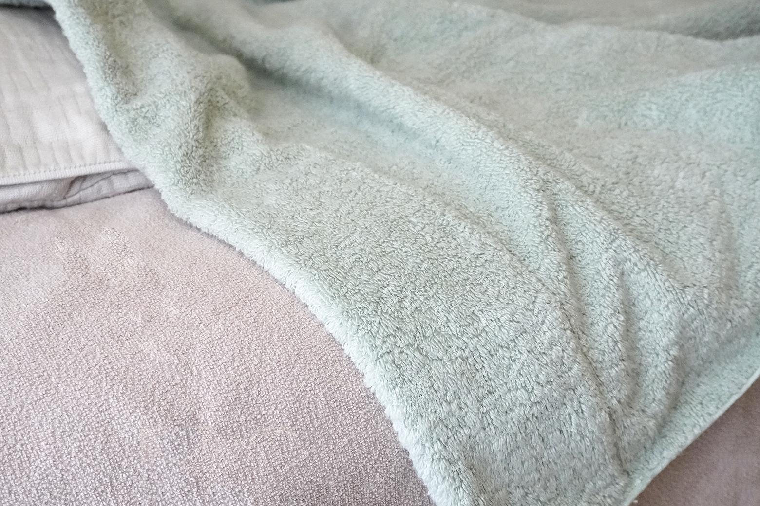 ふわふわの厚みのあるタオルケット オーガニックエアーホイップ タオルケット